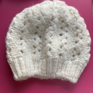 Gap Ivory Loose Knit Slouchy Beanie